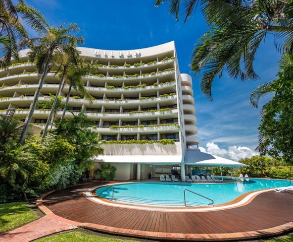 Hilton Cairns Main Image