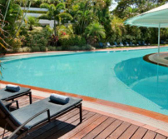 Hilton Cairns Image 2