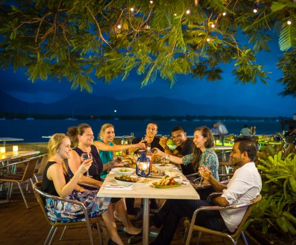 Hilton Cairns Image 4