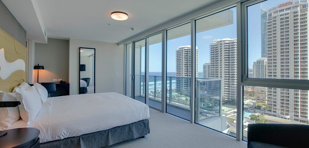 Hilton Deluxe Room - Hero Image