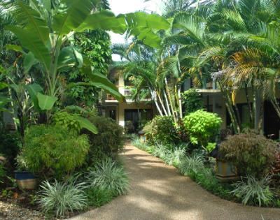 Bay Village Tropical Retreat - Gallery Image