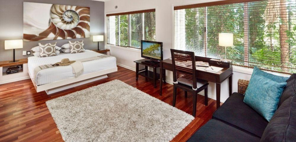1 Bedroom Pool View Suite - Hero Image