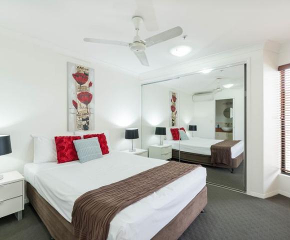Jack & Newell Holiday Apartments Image 4