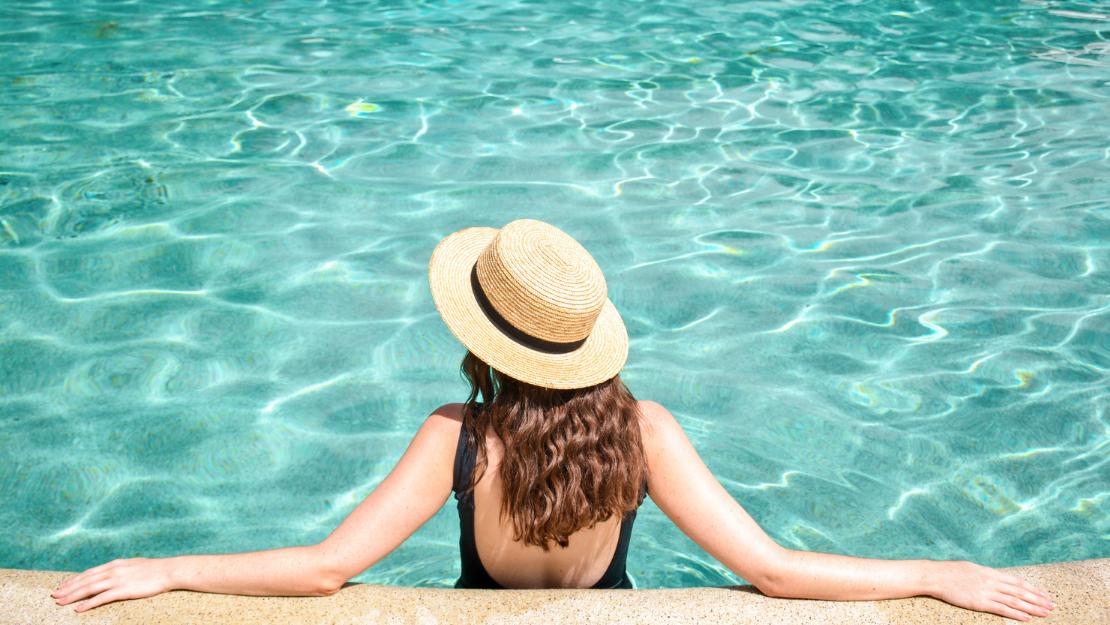 Kingfisher Bay Resort - Hero Image