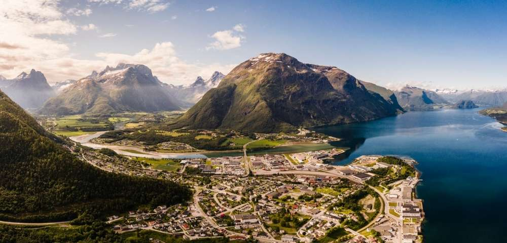 Discover Norway and the Midnight Sun – the Ultimate Discovery of Norway Image 1
