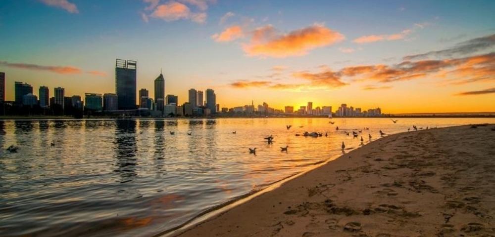 Asian Explorer Fremantle to Singapore Image 3