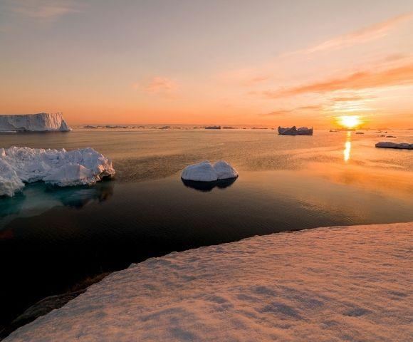Bucket List Antarctic Adventure Image 3