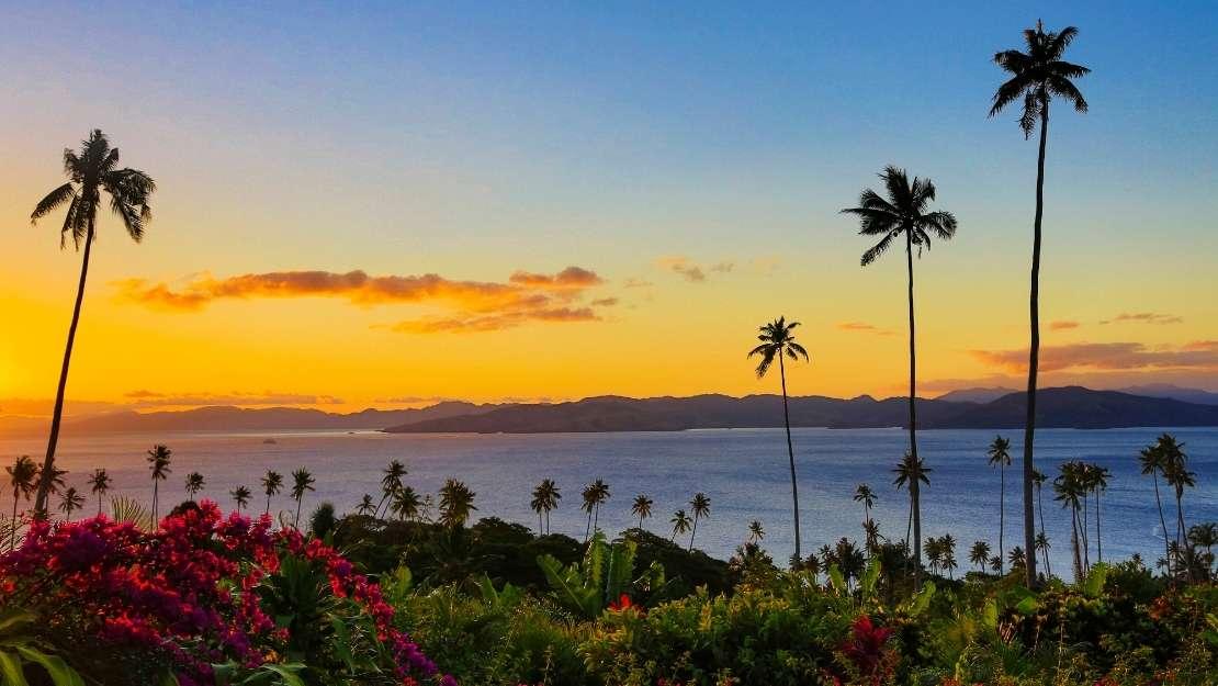 Luxury South Pacific & Fiji Fly-Cruise - Hero Image