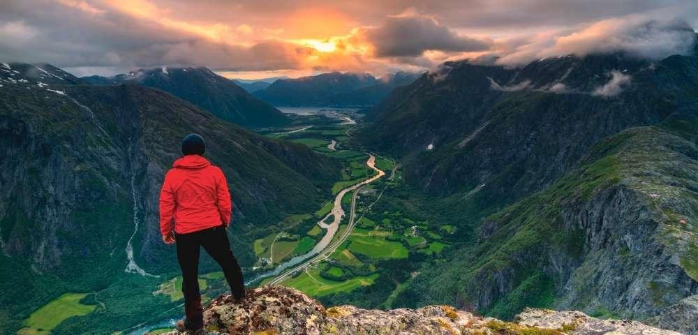 Norwegian Fjords & the Midnight Sun Image 1