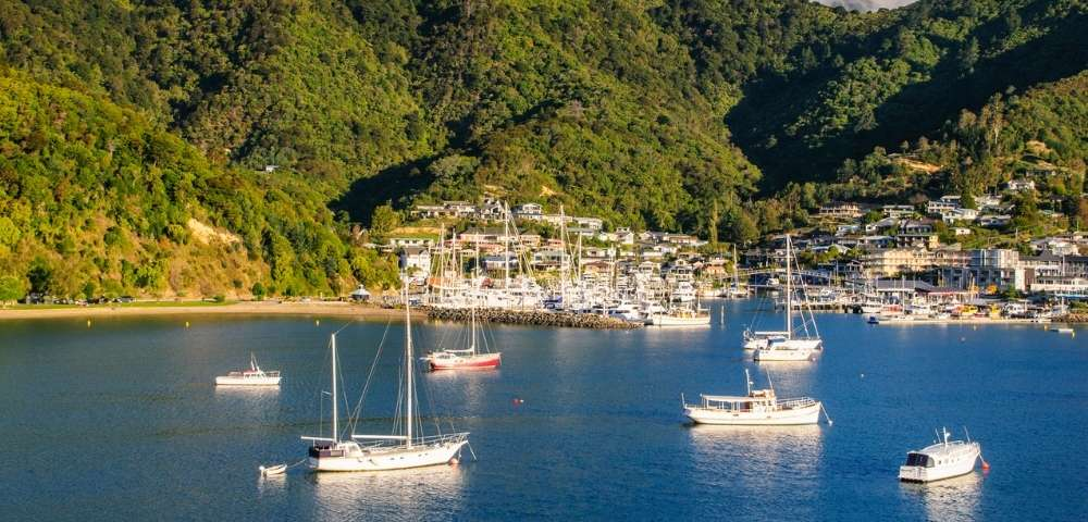Discover the Best of New Zealand Main Image