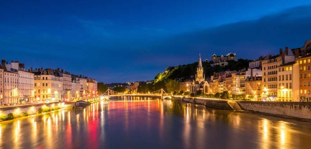 Discover London, Paris and the Grand Waterways of France Image 1