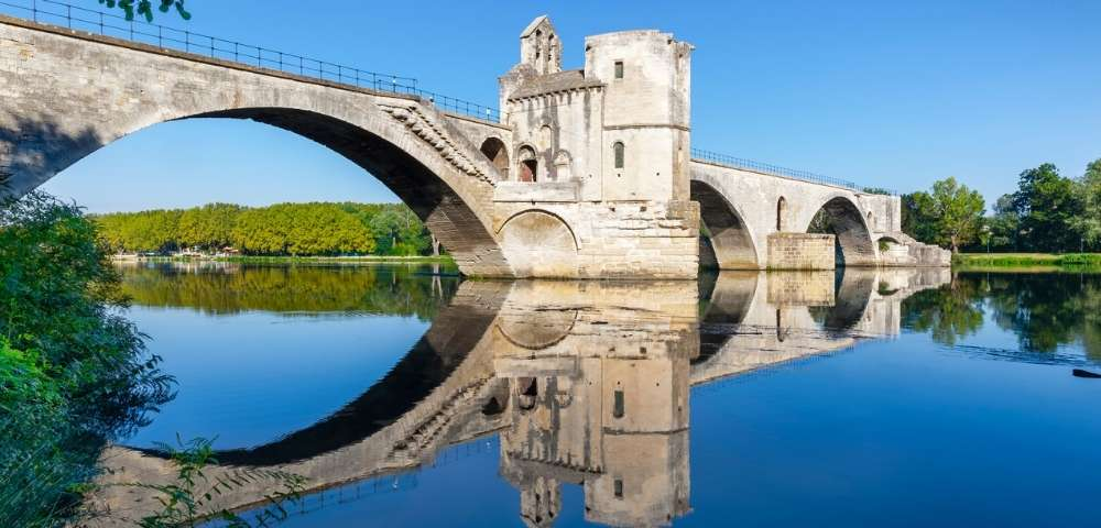 Discover London, Paris and the Grand Waterways of France Main Image